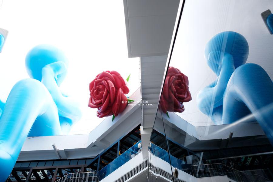 20180719012704 33 - 台中軟體園區Dali Art藝術廣場-全台最大裝置藝術藍色大巨人和巨大玫瑰花降臨藝術廣場,必拍亮點