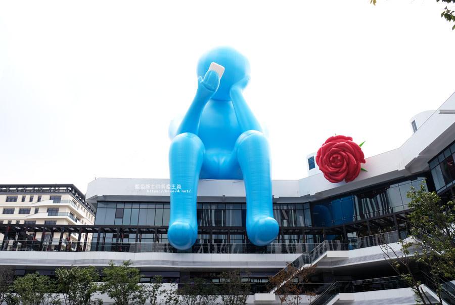 20180719012715 24 - 台中軟體園區Dali Art藝術廣場-全台最大裝置藝術藍色大巨人和巨大玫瑰花降臨藝術廣場,必拍亮點