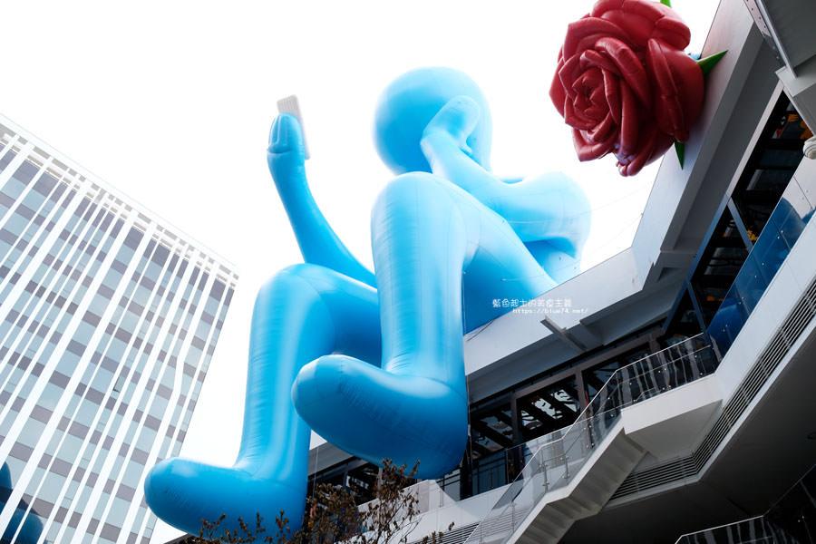 20180719012718 29 - 台中軟體園區Dali Art藝術廣場-全台最大裝置藝術藍色大巨人和巨大玫瑰花降臨藝術廣場,必拍亮點