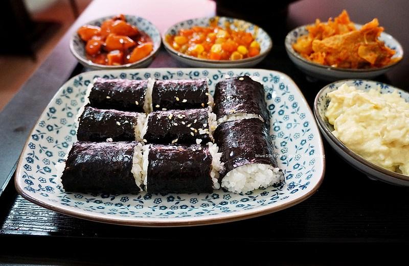 【台中北區】忠武海苔飯捲便當-人氣平價巷弄韓式料理,一中商圈學生私房口袋名單,福州包旁邊巷子進去