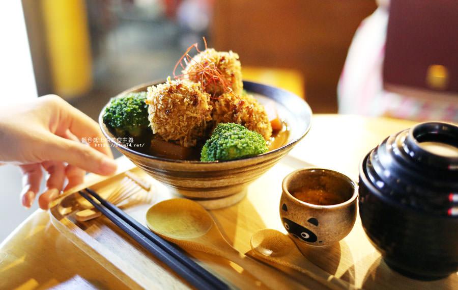 20180903135124 48 - 小川家-忠孝夜市人氣排隊美食店家,推薦炸雞和起司牛肉丸咖哩