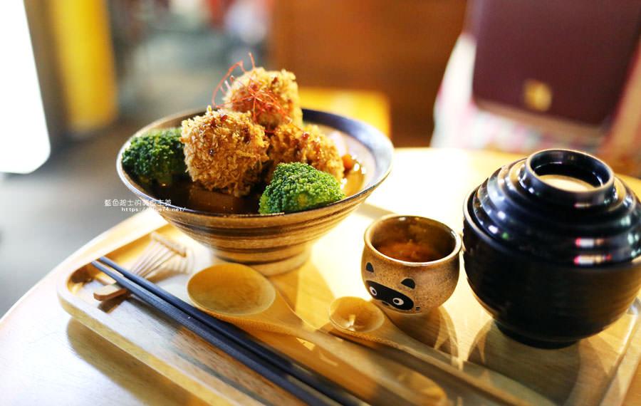 20180903135126 68 - 小川家-忠孝夜市人氣排隊美食店家,推薦炸雞和起司牛肉丸咖哩