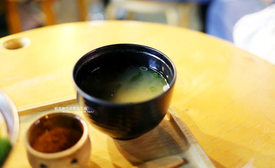 20180903135131 63 - 小川家-忠孝夜市人氣排隊美食店家,推薦炸雞和起司牛肉丸咖哩