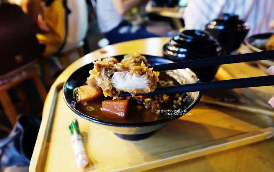 20180903135150 67 - 小川家-忠孝夜市人氣排隊美食店家,推薦炸雞和起司牛肉丸咖哩