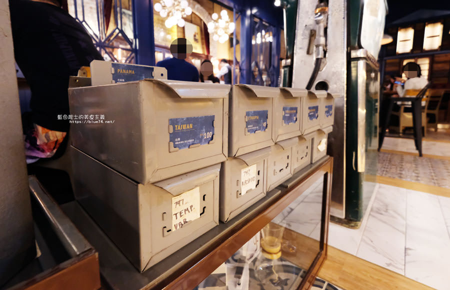 20181011005011 80 - GRIT Mojocoffee-復古華麗風格還有老件,Mojo在秀泰台中文心店