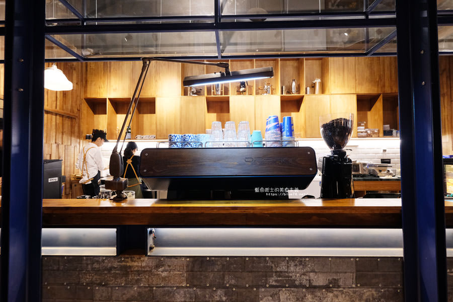 20181011005014 18 - GRIT Mojocoffee-復古華麗風格還有老件,Mojo在秀泰台中文心店