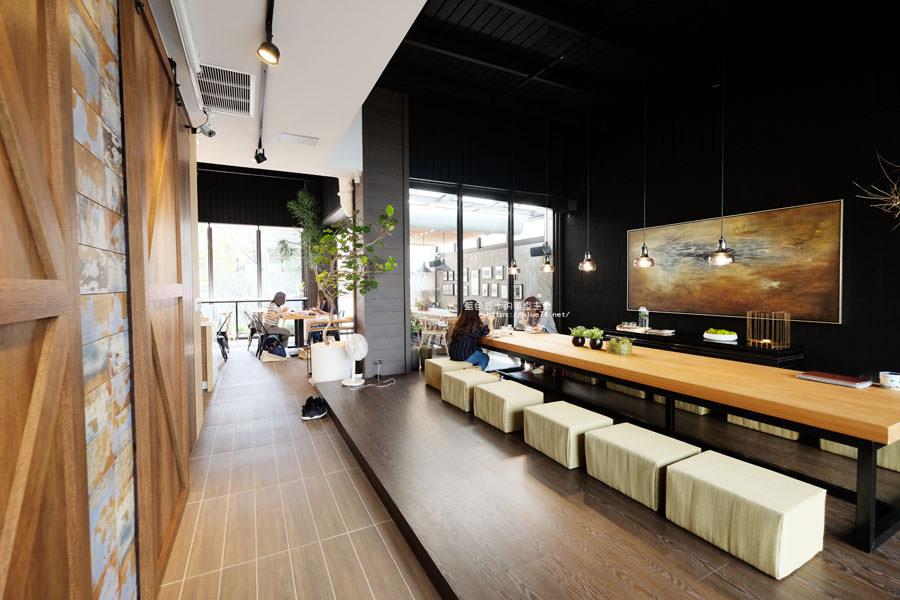 20181024110437 63 - 橙黃橘綠│一年好景君須記,最是橙黃橘綠時,梧棲好拍有設計感咖啡館