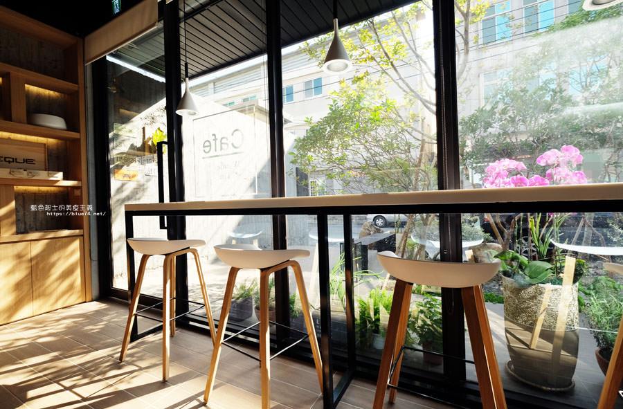 20181024110444 95 - 橙黃橘綠│一年好景君須記,最是橙黃橘綠時,梧棲好拍有設計感咖啡館