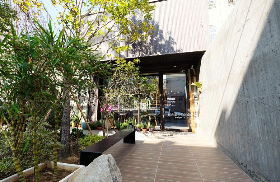 20181024111745 42 - 橙黃橘綠│一年好景君須記,最是橙黃橘綠時,梧棲好拍有設計感咖啡館