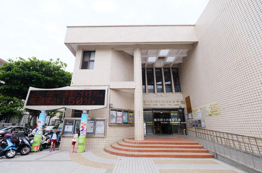 20181101020346 55 - 臺中市立圖書館后里分館│全台第一座紙圖書館落腳在后里