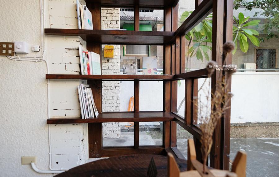 20181106011023 91 - 箱庭│本日製作社三號店,是圖書室,是藝廊,是雑貨店,也是古道具屋