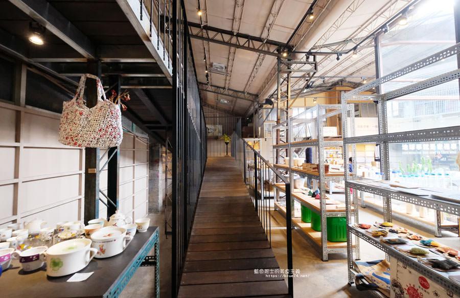 20181108014017 65 - 家務室友善環境生活雜貨│喜愛二樓像小閣樓秘密基地的下午茶甜點空間