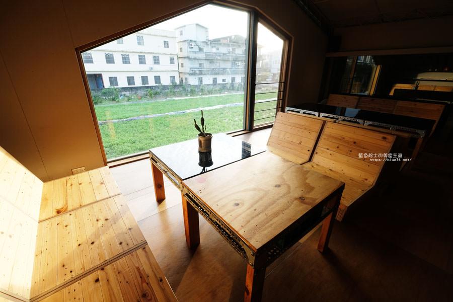 20181108014157 55 - 家務室友善環境生活雜貨│喜愛二樓像小閣樓秘密基地的下午茶甜點空間