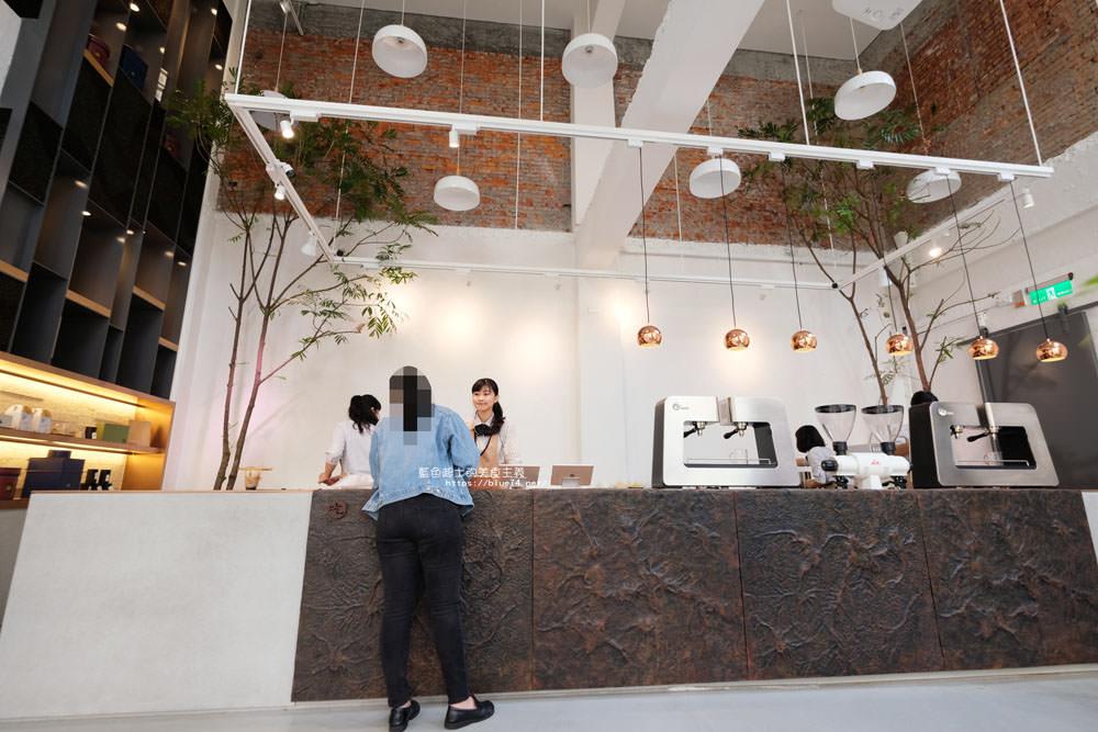 20181112002525 32 - 吃茶三千-台中超好拍網美店,吃茶三千大英概念店,六款鮮萃研磨茶自由搭配調味與加料