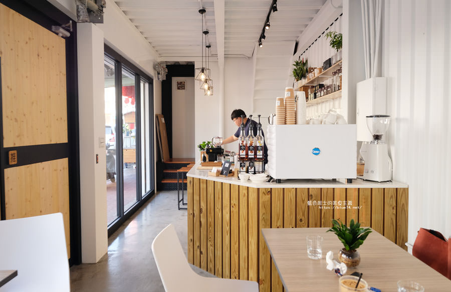 20181115003939 93 - Time cafe-豐原新開咖啡館,來杯咖啡時刻,有咖啡、熱壓吐司、舒芙蕾及餅乾