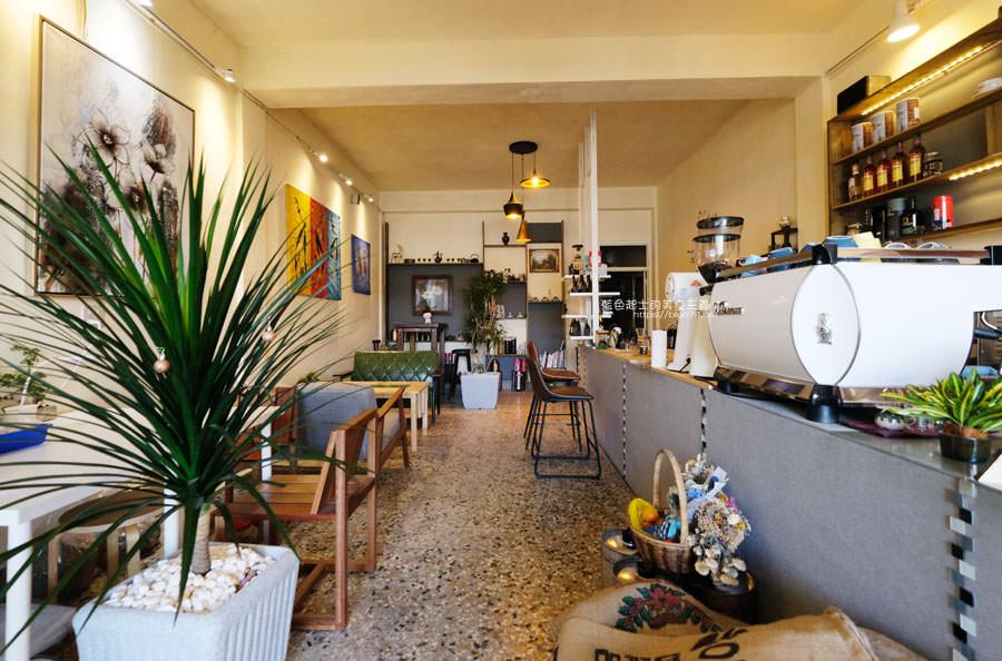 20181225014255 49 - Yocano coffee洋記豆行-低調外觀自在空間,咖啡茶飲品、時令甜點,近梧棲新天地