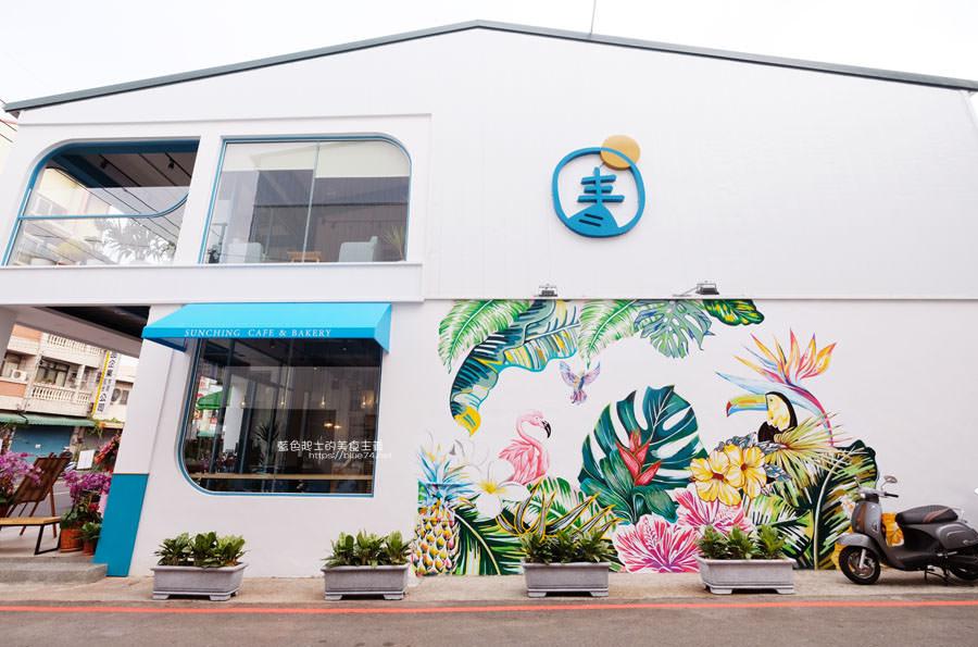 20190120124857 28 - 日青咖啡│網美咖啡館,藍白色系清新外觀,加分IG拍照打卡彩繪牆