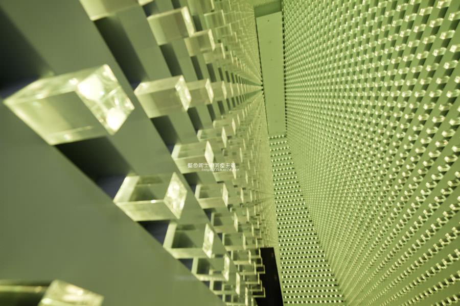 20190127000955 94 - 台中軟體園區Dali Art藝術廣場-玫瑰花海新祕境,絢爛水晶光廊打卡點