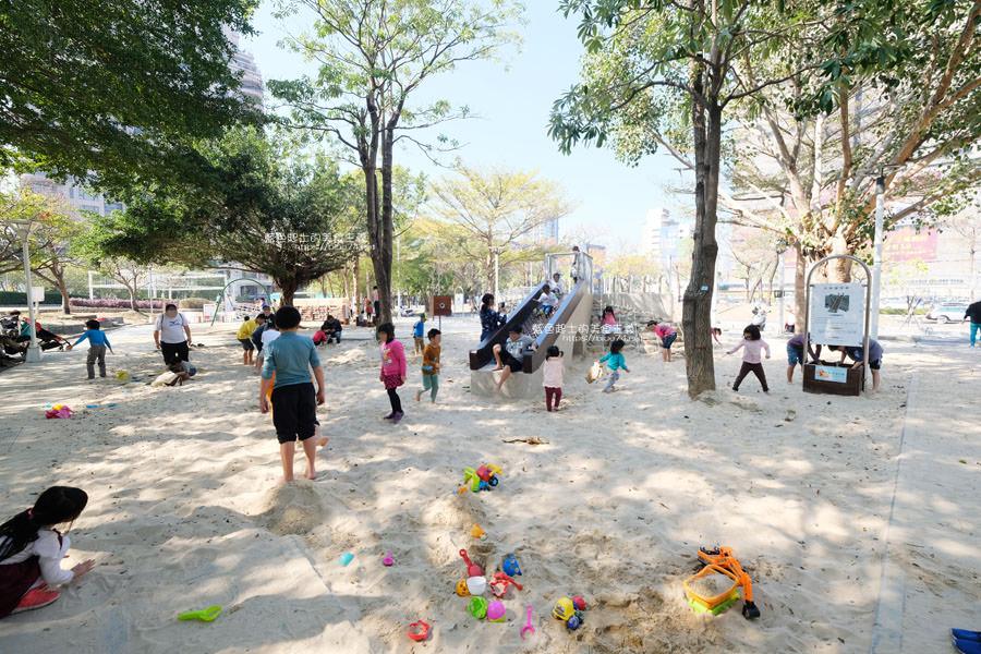20190127123419 55 - 文心森林公園-十二感官遊戲體驗區,溜滑梯、盤型鞦韆、涵管通道,小孩玩嗨~