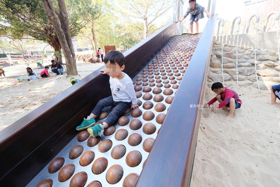 20190127123420 81 - 文心森林公園-十二感官遊戲體驗區,溜滑梯、盤型鞦韆、涵管通道,小孩玩嗨~