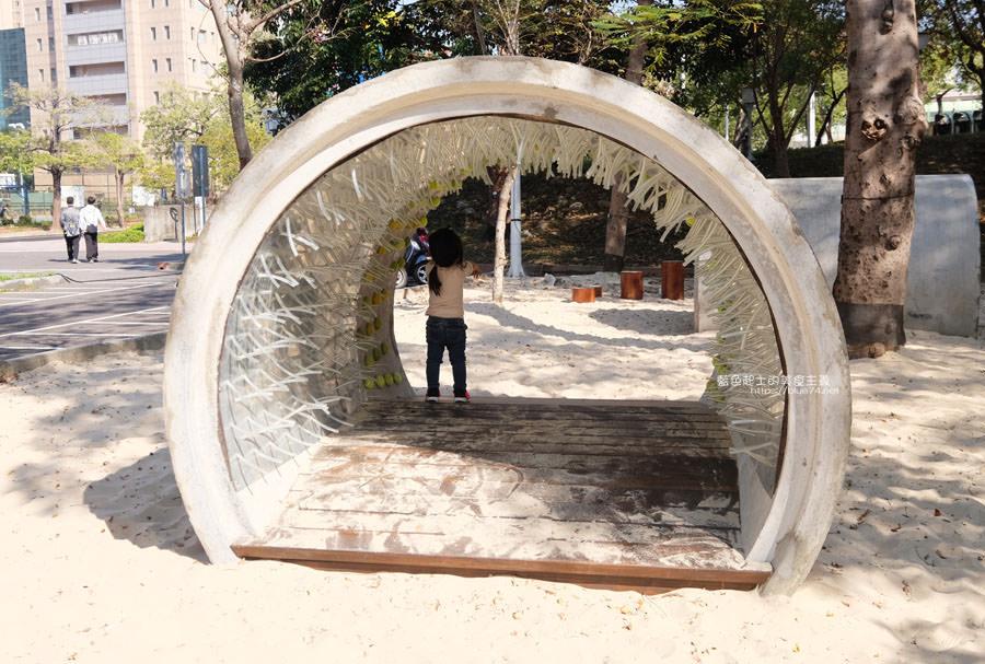 20190127123433 76 - 文心森林公園-十二感官遊戲體驗區,溜滑梯、盤型鞦韆、涵管通道,小孩玩嗨~