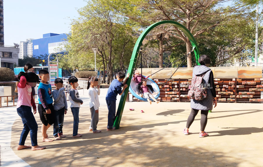 20190127123452 30 - 文心森林公園-十二感官遊戲體驗區,溜滑梯、盤型鞦韆、涵管通道,小孩玩嗨~