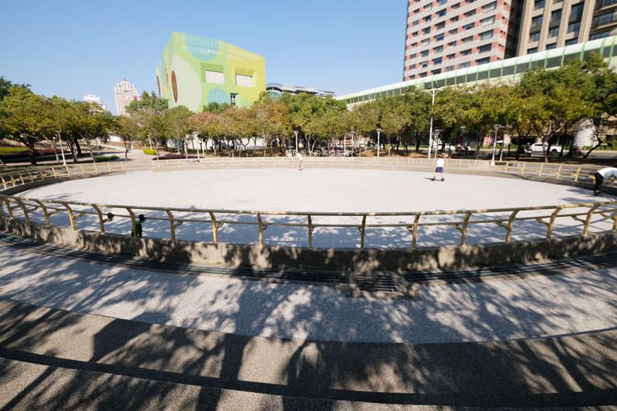 20190127123455 53 - 文心森林公園-十二感官遊戲體驗區,溜滑梯、盤型鞦韆、涵管通道,小孩玩嗨~