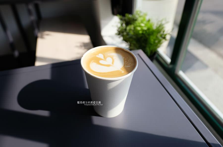 20190131021054 12 - No.11 Coffee-海線外帶平價咖啡,也有內用區,白色系大IG打卡牆