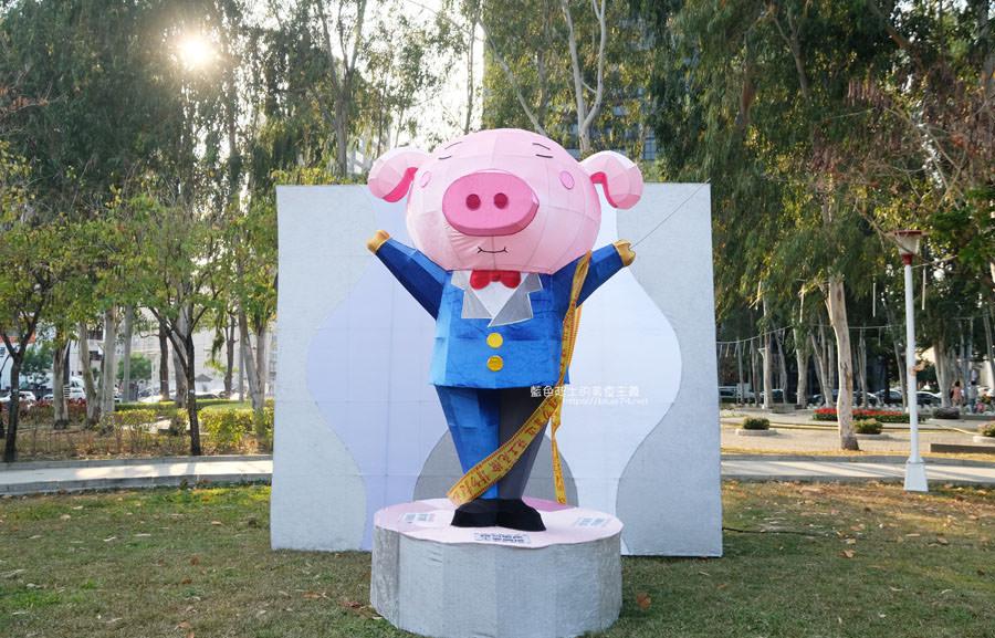 20190210014816 33 - 2019中台灣元宵燈會-新打卡點創意皮克區,還有限量飛天豬小提燈發放時間和晚會活動及交通資訊