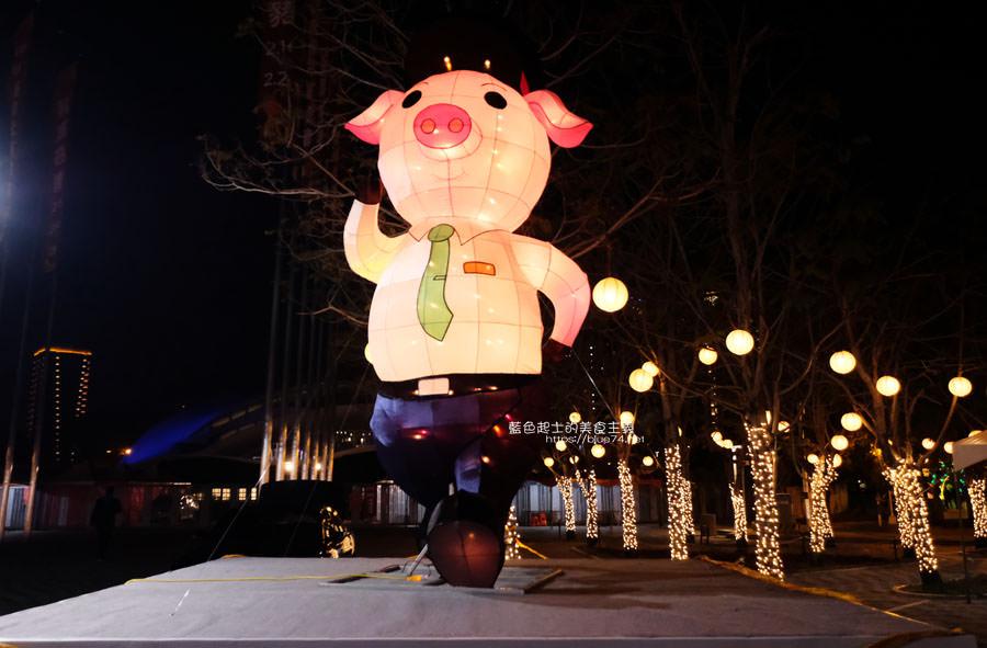 20190213235120 71 - 2019中台灣元宵燈會-新打卡點創意皮克區,還有限量飛天豬小提燈發放時間和晚會活動及交通資訊