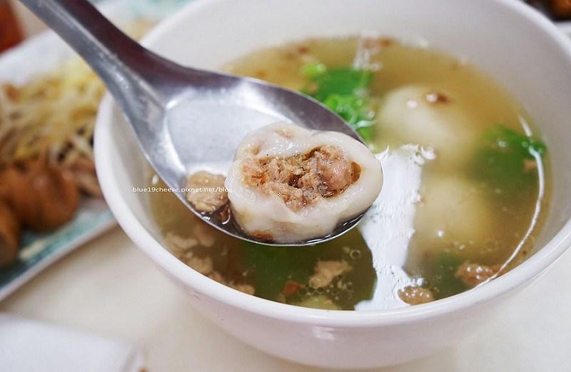 【台中西區】鹽水麵店-敢吃辣的小魚辣椒加一下,鹽水意麵和鮮肉湯圓要點,下午時間沒休息