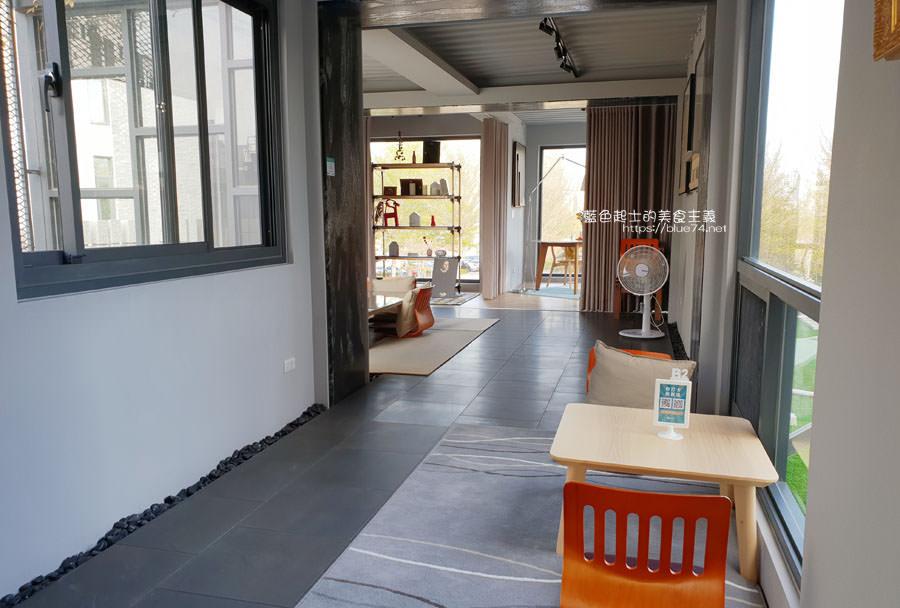 20190305013812 92 - 米石里│除了輕食,還有居家石材和實木設計傢俱的展示,空間美學自己來
