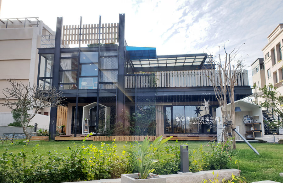 20190305013816 48 - 米石里│除了輕食,還有居家石材和實木設計傢俱的展示,空間美學自己來