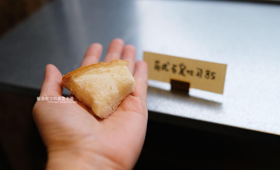 20190305223226 68 - 麵包林里│南屯老街烘焙香,職人精神的北海道函館牛奶吐司、可頌、歐式麵包