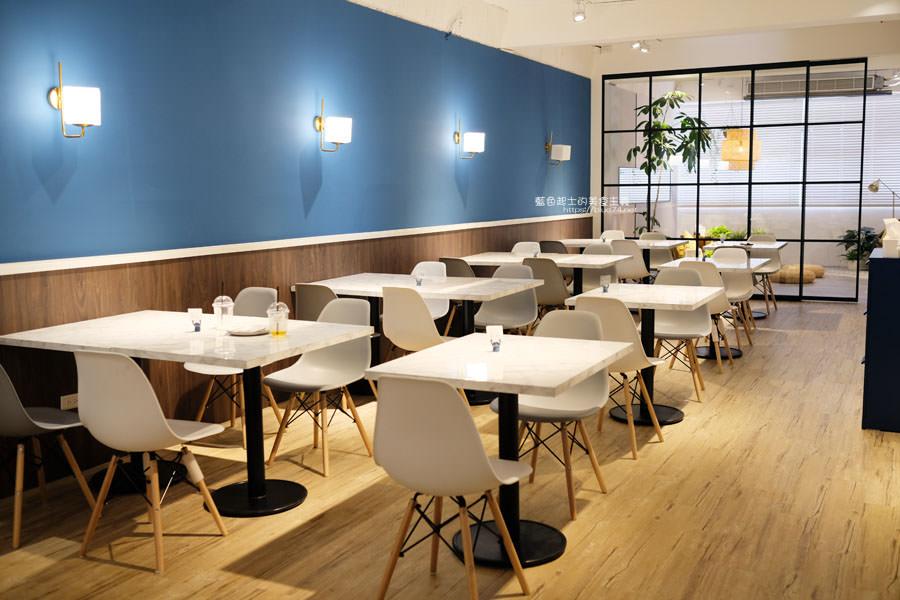 20190331010917 81 - UnCrazy這裏勿瘋-霧峰人氣韓系網美打卡早午餐店,柔和藍色舒適空間