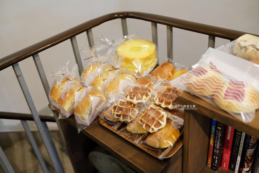 20190422214440 58 - 台中西區│小雪Casa-低調沒有扛棒的溫度手作麵包咖啡店,紅豆泥吐司讓我懷念起名古屋的朝食