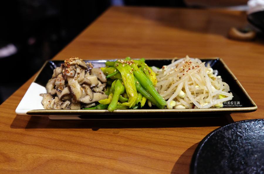 20190525155253 67 - 俺達の肉屋-日本和牛專門店,肉品與服務都不錯的台中日式燒肉,貼心桌邊幫烤