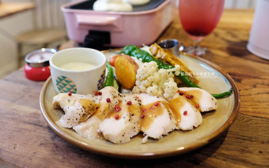 20190528231942 29 - home home-台中人氣早午餐店hoyo和AIYO推出新品牌,以家為主題般的舒適,鬆餅桌邊現煎服務,餐前招待熱雞湯