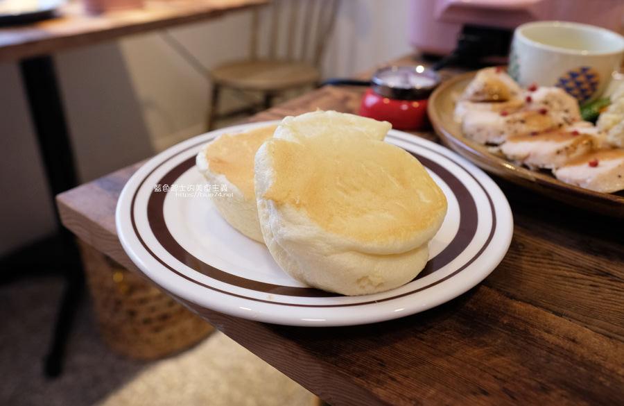 20190528231954 77 - home home-台中人氣早午餐店hoyo和AIYO推出新品牌,以家為主題般的舒適,鬆餅桌邊現煎服務,餐前招待熱雞湯