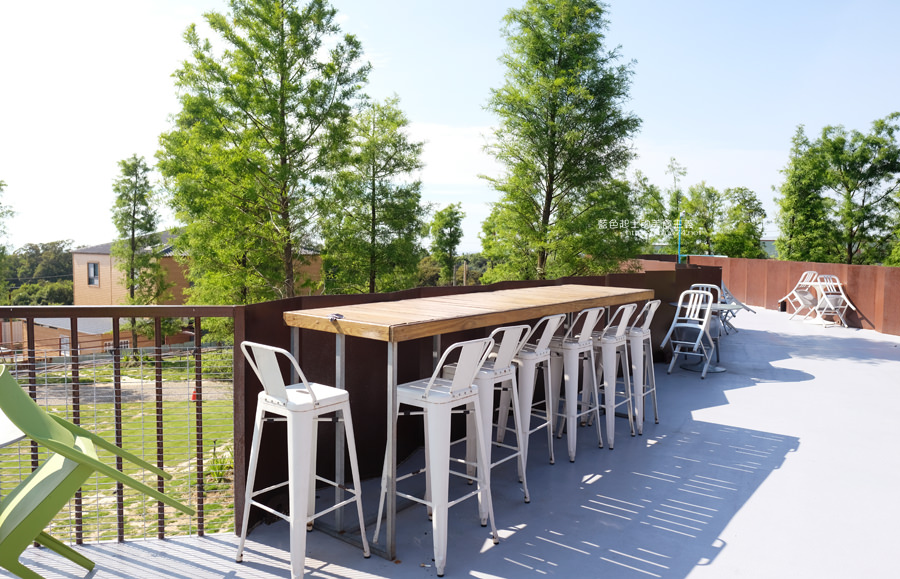 20190601010942 77 - 布魯諾咖啡│座落在藍色公路旁的落羽松景觀餐廳,二樓可欣賞夕陽與夜景