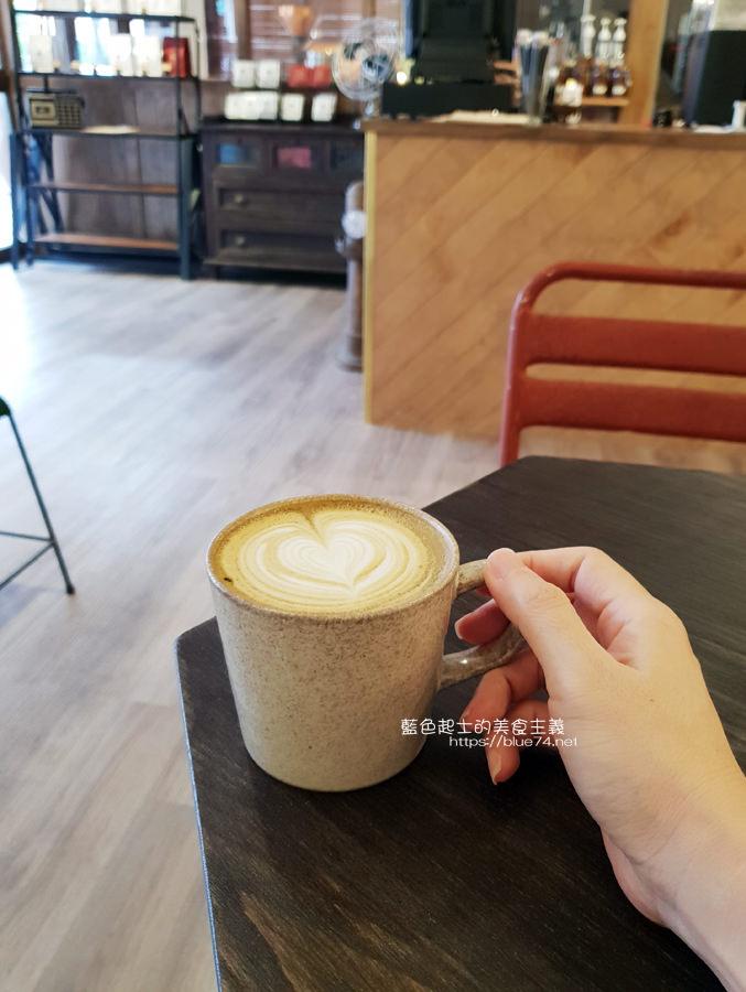 20190605234303 61 - Gatewell Coffee Roasters│重新裝潢新面貌,復古元件、百元以下咖啡價格,還不限時喔