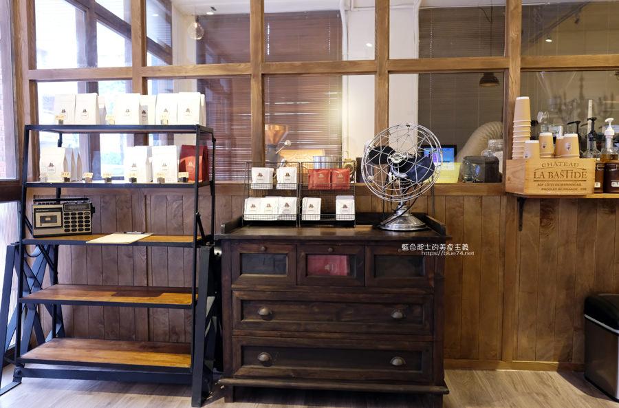 20190605234317 62 - Gatewell Coffee Roasters│重新裝潢新面貌,復古元件、百元以下咖啡價格,還不限時喔