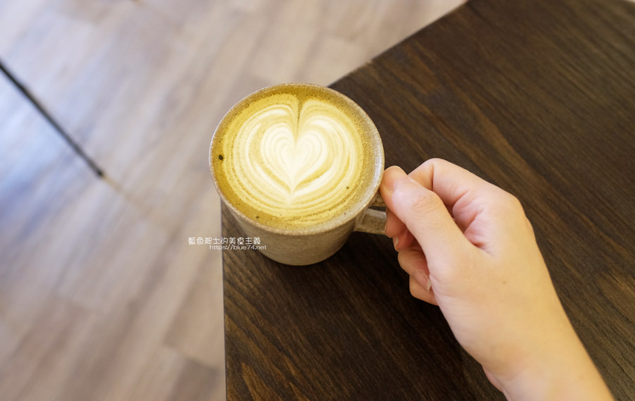 20190605234320 41 - Gatewell Coffee Roasters│重新裝潢新面貌,復古元件、百元以下咖啡價格,還不限時喔