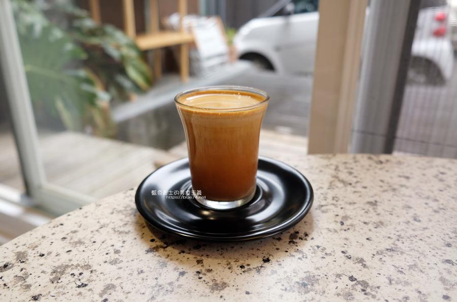 20190622115859 86 - Solidbean Coffee Roasters-精誠商圈巷弄白色系自家烘焙推薦咖啡館,台中推薦輕食、咖啡跟甜點口袋名單