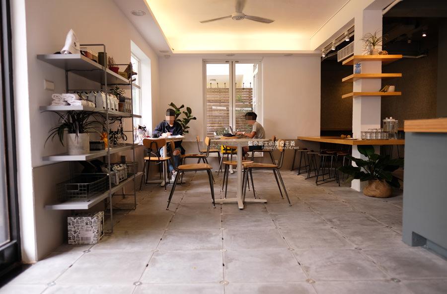 20190622115942 51 - Solidbean Coffee Roasters-精誠商圈巷弄白色系自家烘焙推薦咖啡館,台中推薦輕食、咖啡跟甜點口袋名單