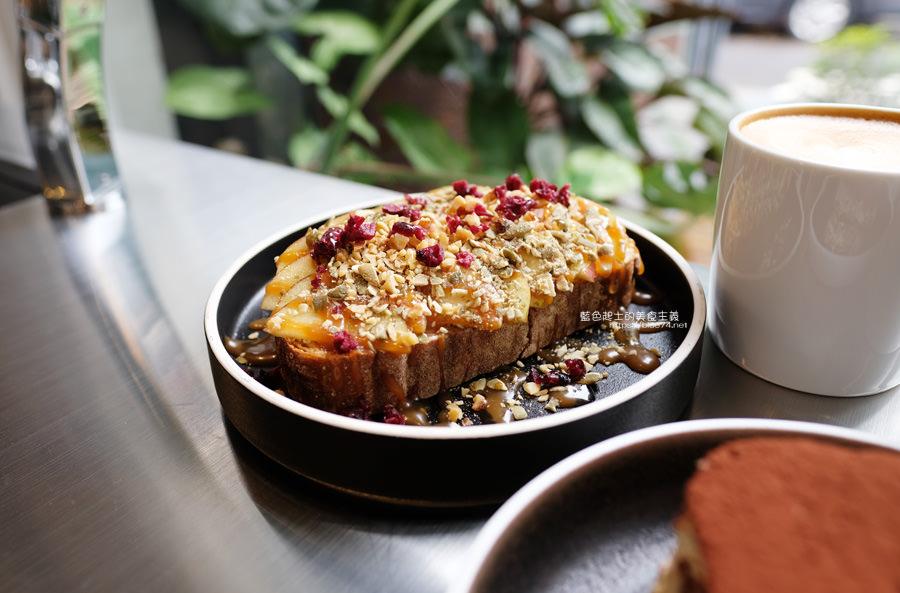 20190622115949 20 - Solidbean Coffee Roasters-精誠商圈巷弄白色系自家烘焙推薦咖啡館,台中推薦輕食、咖啡跟甜點口袋名單