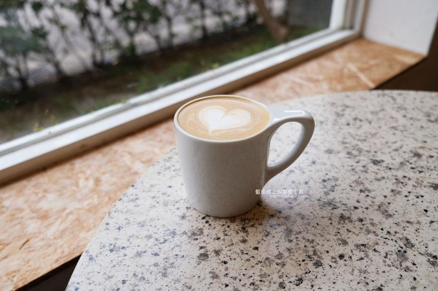 20190622120027 74 - Solidbean Coffee Roasters-精誠商圈巷弄白色系自家烘焙推薦咖啡館,台中推薦輕食、咖啡跟甜點口袋名單