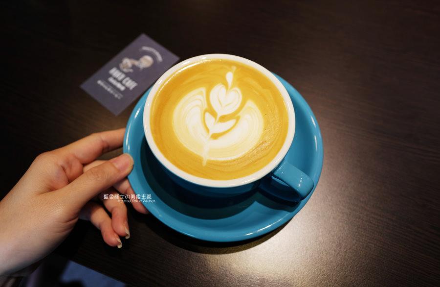 20190627124701 79 - 白白咖啡-太平超隱密巷弄咖啡館,店貓陪你度過咖啡時光