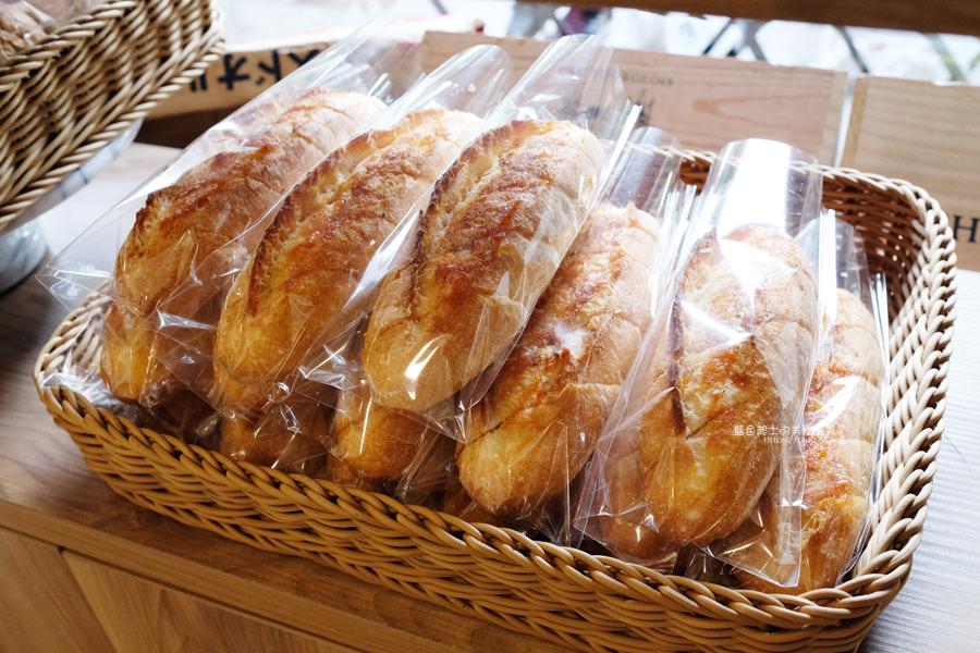 20190713010456 94 - 有點麵包-只營業星期五六,建議提前預訂再取貨,老闆娘有正,進門要脫鞋喔,豐樂公園旁