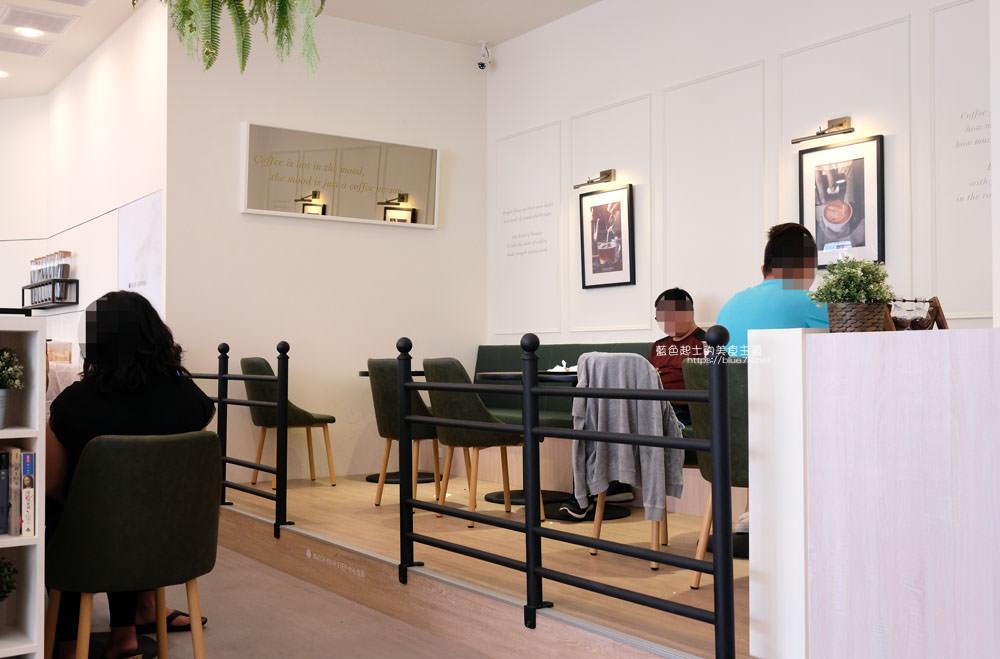 20190922012924 93 - 蘋果綠咖啡台中黎明門市-台中首間蘋果綠咖啡,白色系明亮空間,多那之新品牌